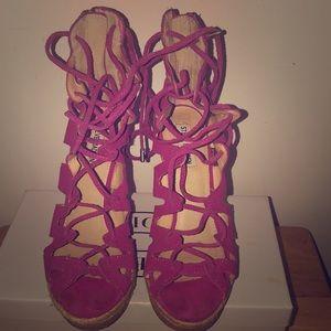 Steve Madden Fuchsia Theea Wedge Sandals.